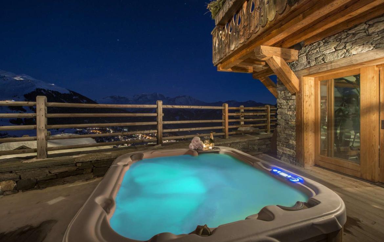 Kings-avenue-verbier-snow-chalet-sauna-hammam-swimming-pool-fireplace-wine-cellar-010-11