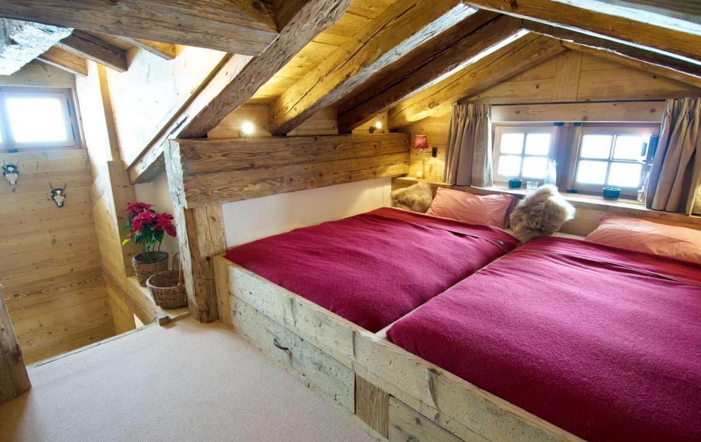 Kings-avenue-verbier-snow-chalet-sauna-hammam-swimming-pool-fireplace-wine-cellar-010-24