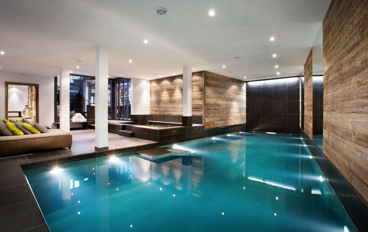 Kings-avenue-verbier-snow-chalet-sauna-indoor-jacuzzi-outdoor-jacuzzi-hammam-cinema-parking-004-10
