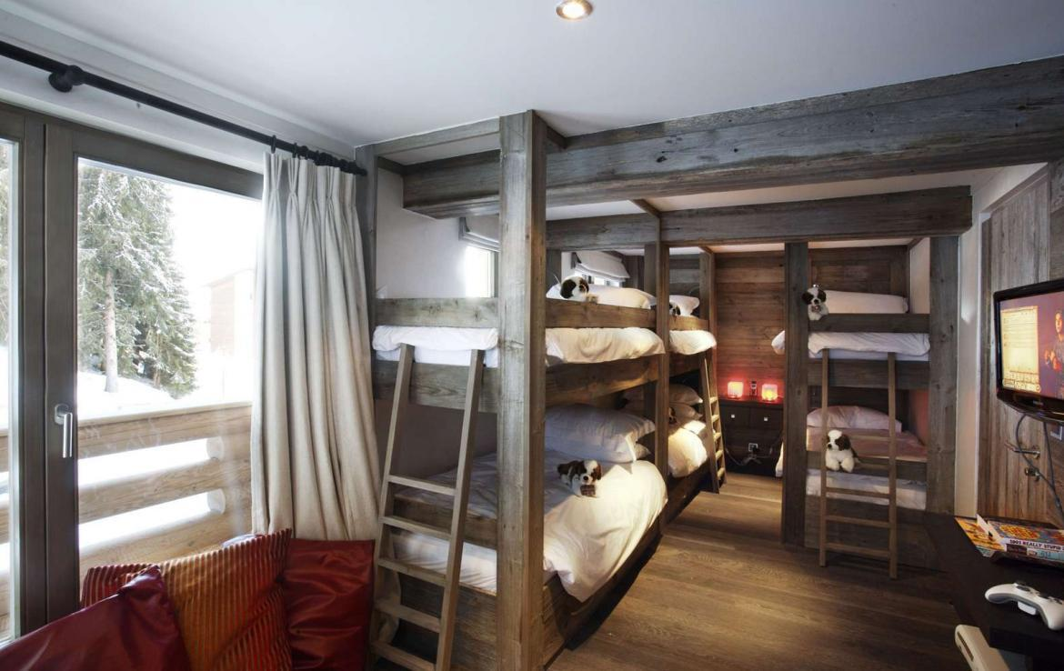 Kings-avenue-verbier-snow-chalet-sauna-indoor-jacuzzi-outdoor-jacuzzi-hammam-cinema-parking-004-17