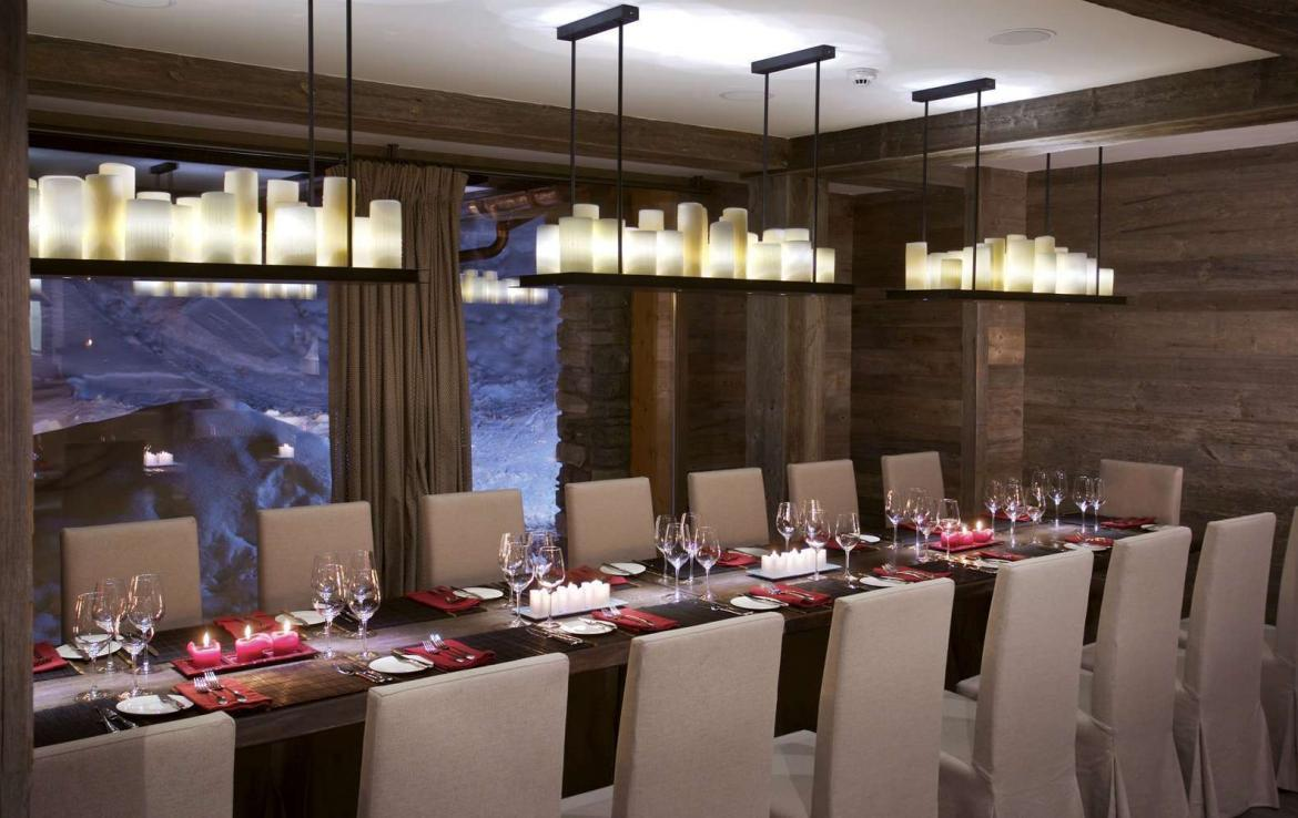 Kings-avenue-verbier-snow-chalet-sauna-indoor-jacuzzi-outdoor-jacuzzi-hammam-cinema-parking-004-4
