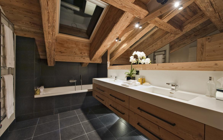 Kings-avenue-verbier-snow-chalet-sauna-outdoor-jacuzzi-cinema-fireplace-hammam-009-14