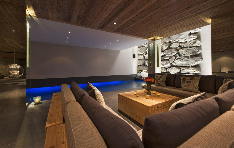 Kings-avenue-verbier-snow-chalet-sauna-outdoor-jacuzzi-cinema-fireplace-hammam-009-17