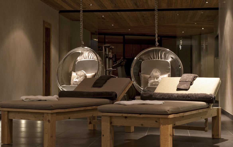 Kings-avenue-verbier-snow-chalet-sauna-outdoor-jacuzzi-cinema-fireplace-hammam-009-19