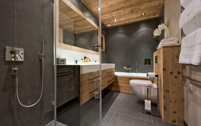 Kings-avenue-verbier-snow-chalet-sauna-outdoor-jacuzzi-cinema-fireplace-hammam-009-22