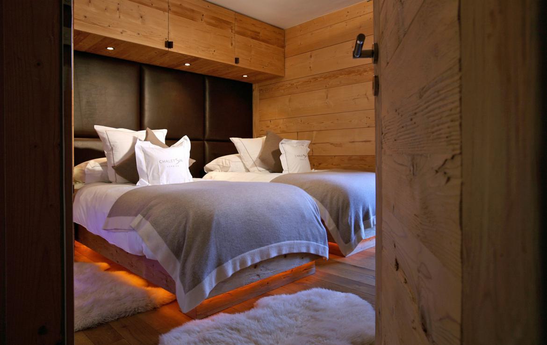 Kings-avenue-verbier-snow-chalet-sauna-outdoor-jacuzzi-hammam-swimming-pool-area-verbier-015-15