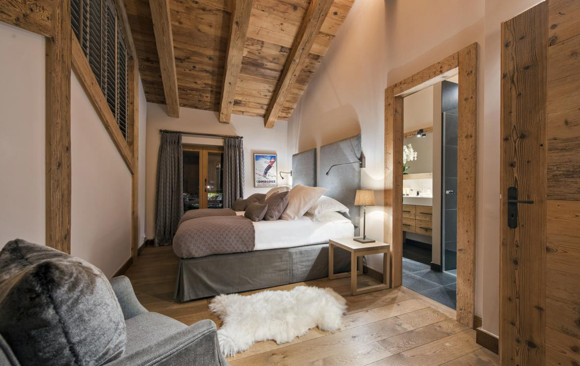 Kings-avenue-verbier-snow-chalet-suana-swimming-pool-boot-heaters-fireplace-020-13