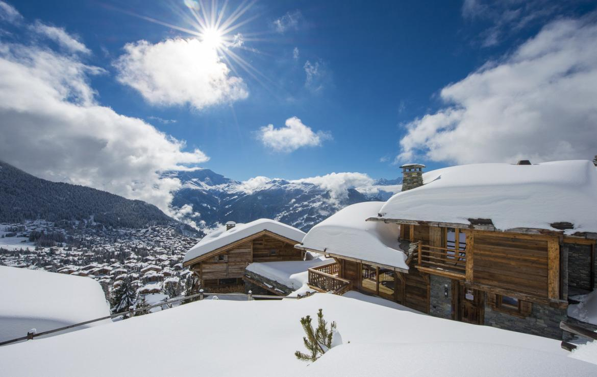 Kings-avenue-verbier-snow-chalet-suana-swimming-pool-boot-heaters-fireplace-020-2