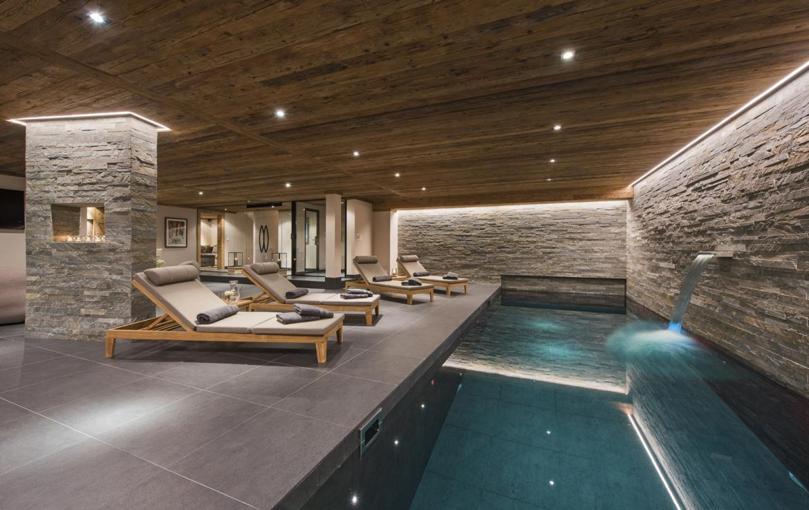 Kings-avenue-verbier-snow-chalet-suana-swimming-pool-boot-heaters-fireplace-020-8