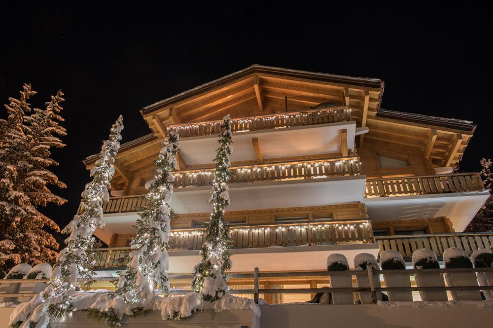 Kings-avenue-verbier-snow-chalet-swimming-pool-hammam-indoor-jacuzzi-outdoor-jacuzzi-parking-014-2