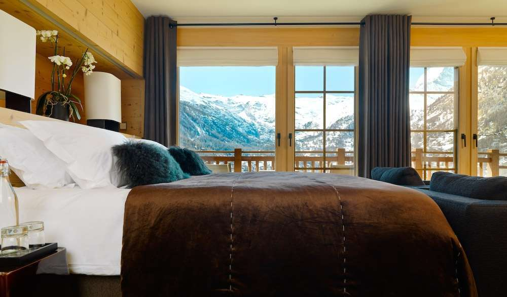 Kings-avenue-zermatt-sauna-jacuzzi-childfriendly-fireplace-massage-room-wine-cellar-lift-area-zermatt-007-14