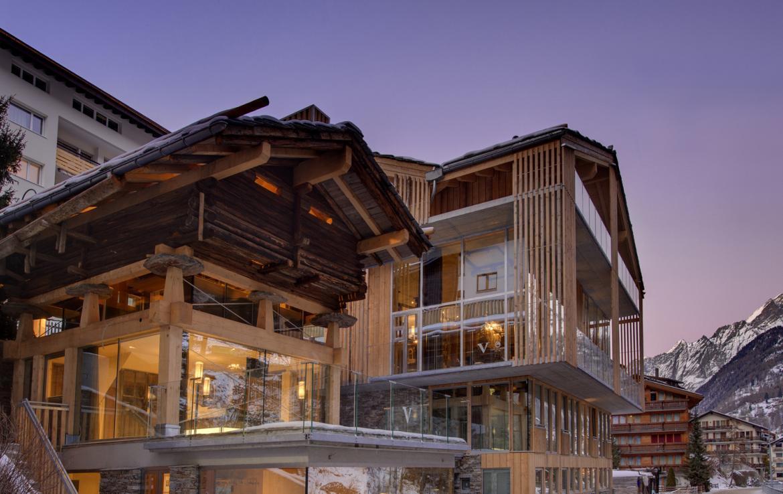 Kings-avenue-zermatt-snow-chalet-jacuzzi-sauna-hammam-games-room-012-30