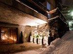 Kings-avenue-zermatt-snow-chalet-sauna-hammam-boot-heaters-library-wellness-02-4