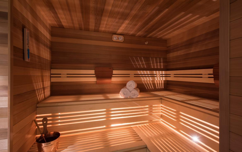 Kings-avenue-zermatt-snow-chalet-sauna-indoor-jacuzzi-fireplace-gym-ski-in-ski-out-08-13