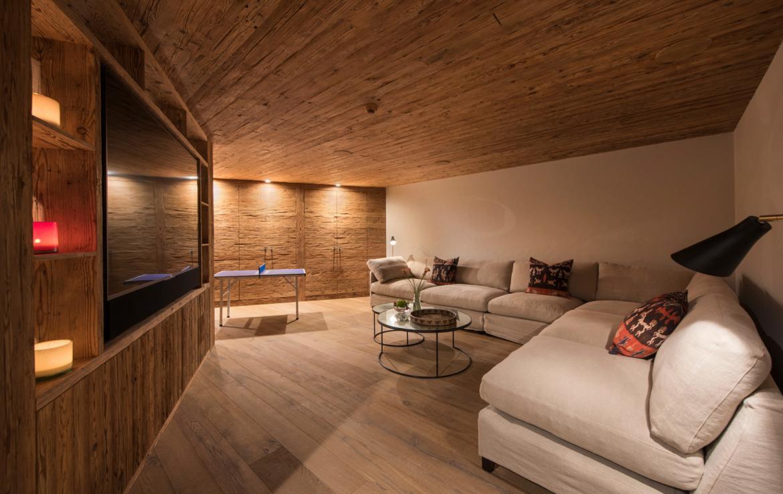 Kings-avenue-zermatt-snow-chalet-sauna-indoor-jacuzzi-fireplace-gym-ski-in-ski-out-08-14