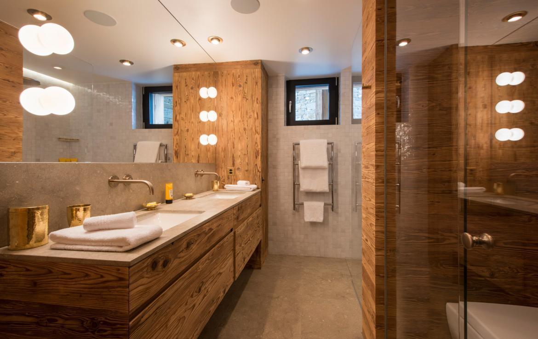 Kings-avenue-zermatt-snow-chalet-sauna-indoor-jacuzzi-fireplace-gym-ski-in-ski-out-08-17
