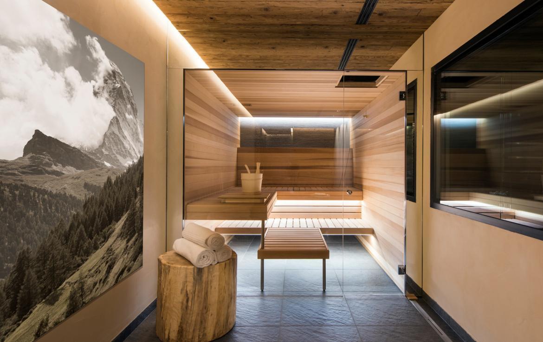 Kings-avenue-zermatt-snow-chalet-sauna-indoor-jacuzzi-private-spa-gym-06-11