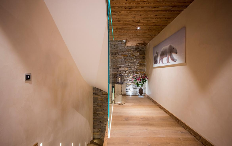 Kings-avenue-zermatt-snow-chalet-sauna-indoor-jacuzzi-private-spa-gym-06-21