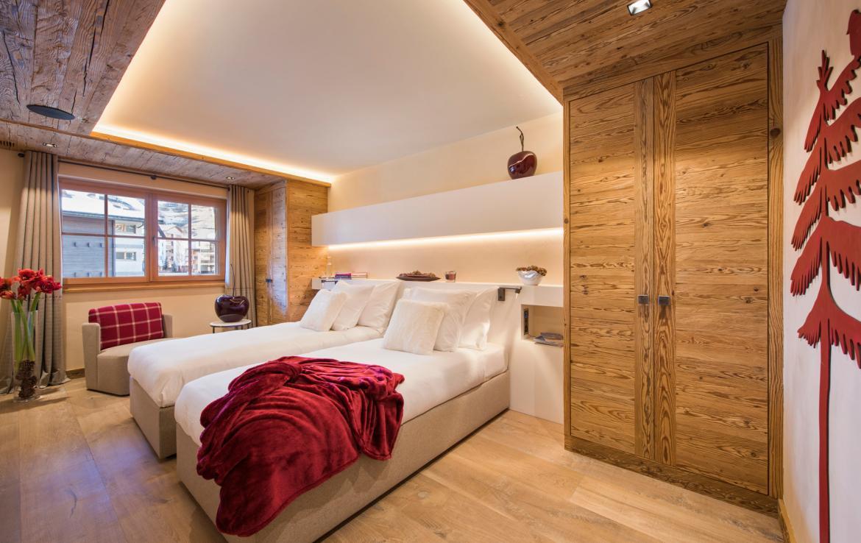 Kings-avenue-zermatt-snow-chalet-sauna-indoor-jacuzzi-private-spa-gym-06-25