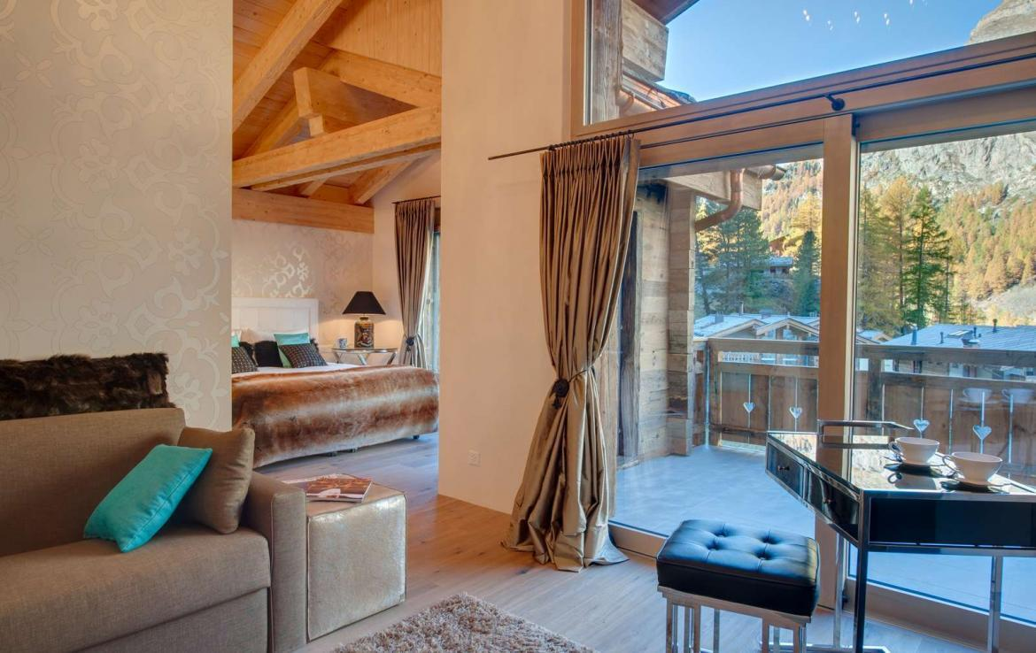 Kings-avenue-zermatt-snow-chalet-sauna-outdoor-jacuzzi-cinema-fireplace-05-9