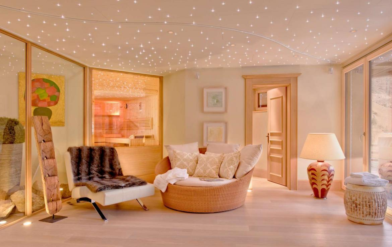 Kings-avenue-zermatt-wifi-sauna-jacuzzi-childfriendly-cinema-games-room-fireplace-pilates-yoga-room-balconies-area-zermatt-004-19