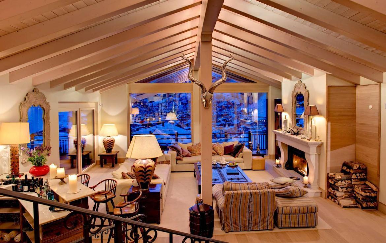 Kings-avenue-zermatt-wifi-sauna-jacuzzi-childfriendly-cinema-games-room-fireplace-pilates-yoga-room-balconies-area-zermatt-004-7
