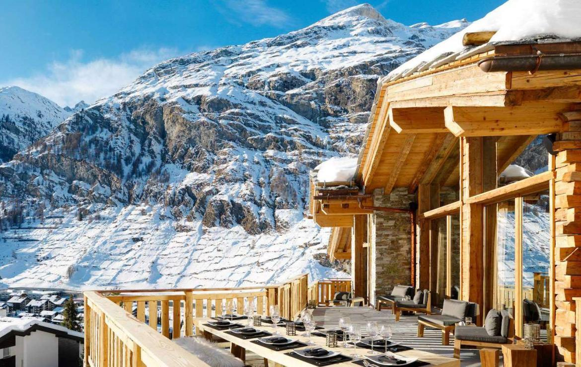Kings-avenue-zermatt-wifi-sauna-jacuzzi-hammam-childfriendly-cinema-fireplace-grand-piano-lift-wellness-steam-room-plunge-pool-area-zermatt-001-4