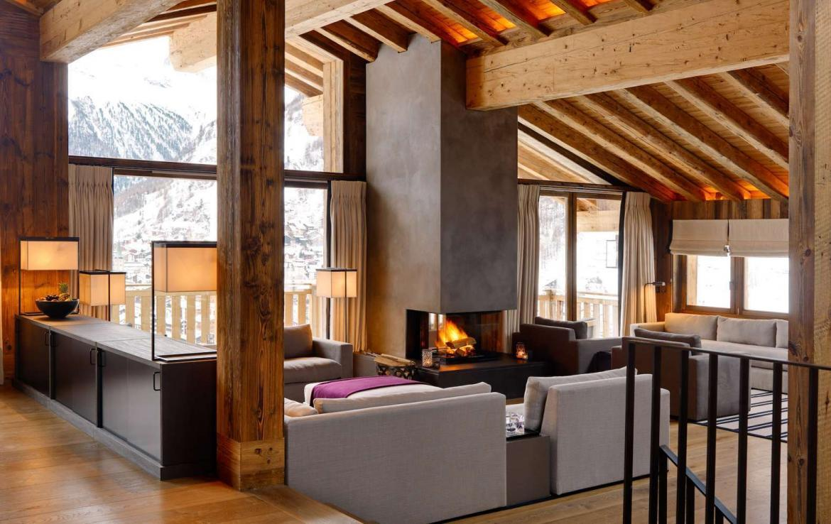 Kings-avenue-zermatt-wifi-sauna-jacuzzi-hammam-childfriendly-cinema-fireplace-grand-piano-lift-wellness-steam-room-plunge-pool-area-zermatt-001-8