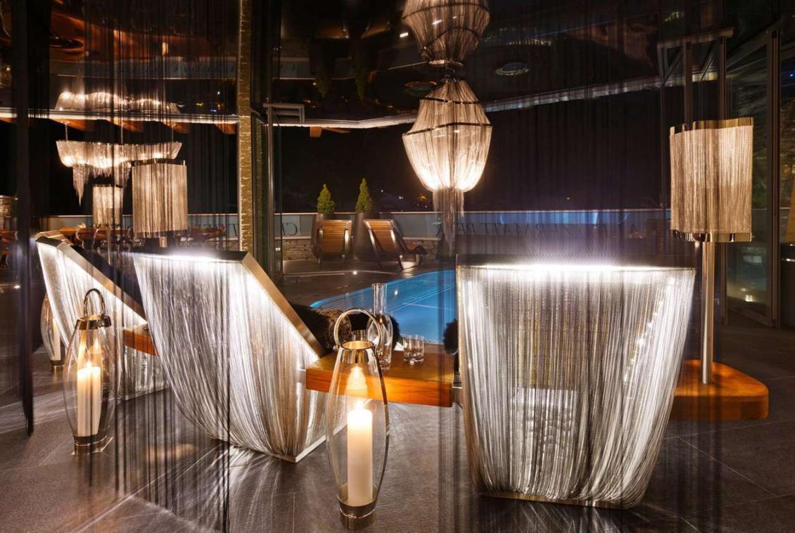 Kings-avenue-zermatt-wifi-sauna-jacuzzi-hammam-childfriendly-gym-fireplace-terrace-balconies-wellness-area-gaming-lift-area-zermatt-002