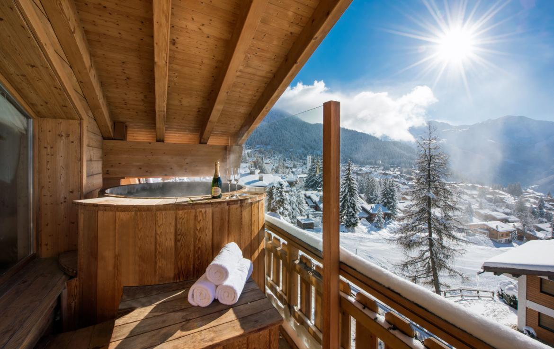 Room-14-hot-tub-view