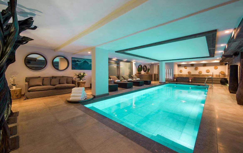 Swimming-pool-chalet-verbier