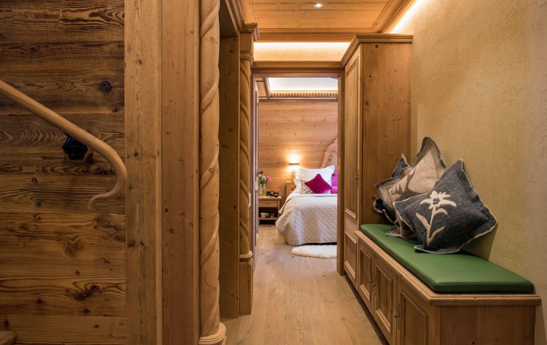 bedroom hallway chalet lech austria