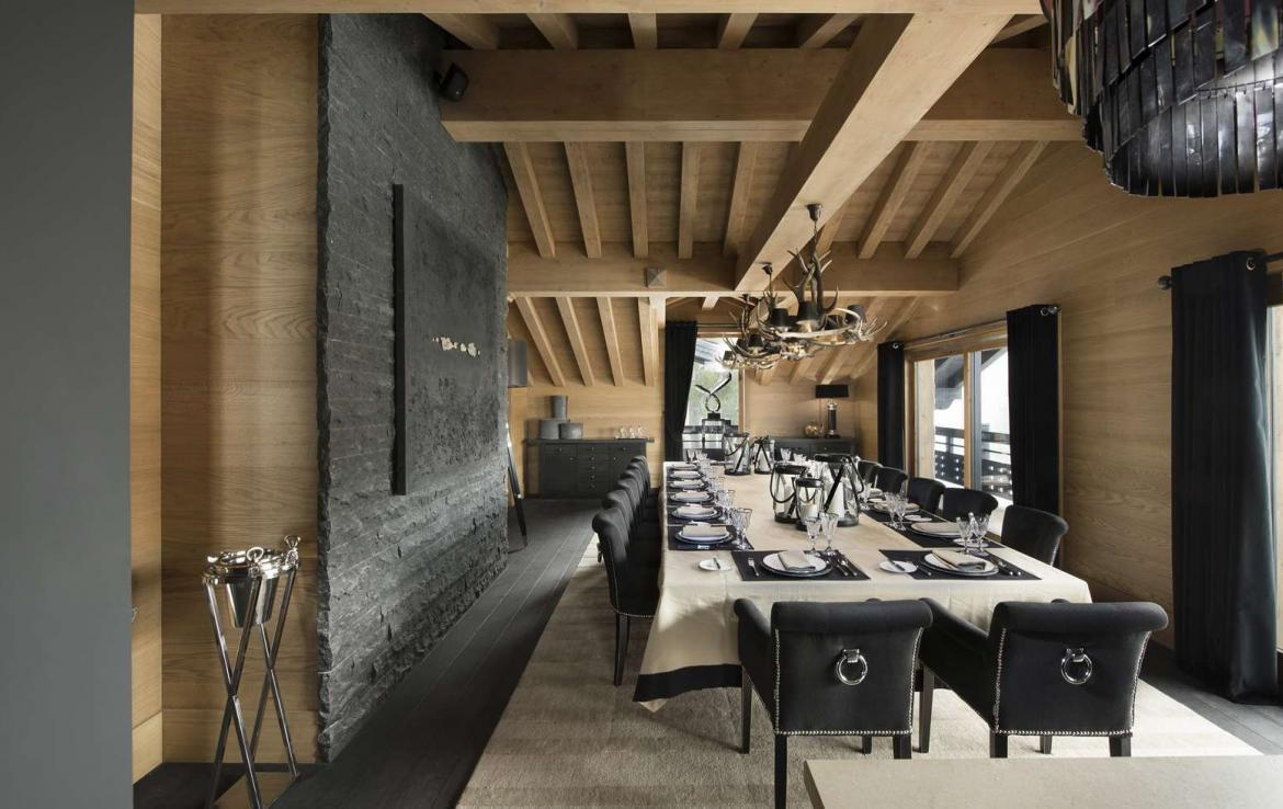 kings-avenue-luxury-chalet-courchevel-009-dining-room-with-dining-table