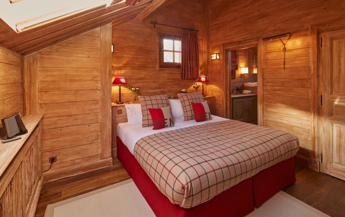 luxury-chalet-meribel-village-bedroom-2