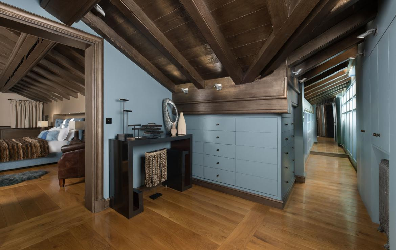 master-bedroom-dressing-area