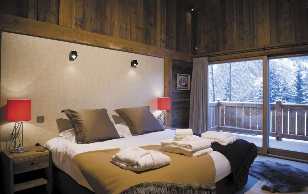 Kings-Avenue-Chamonix-Wifi-Sauna-Jacuzzi-Hammam-Swimming-Pool-Childfriendly-Parking-Cinema-Fireplace-Garden-Terrace-Spa-Area-Chamonix-003-9