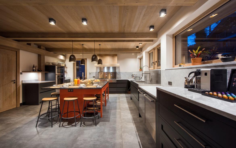 beautiful-kitchen-chalet-meribel-france -