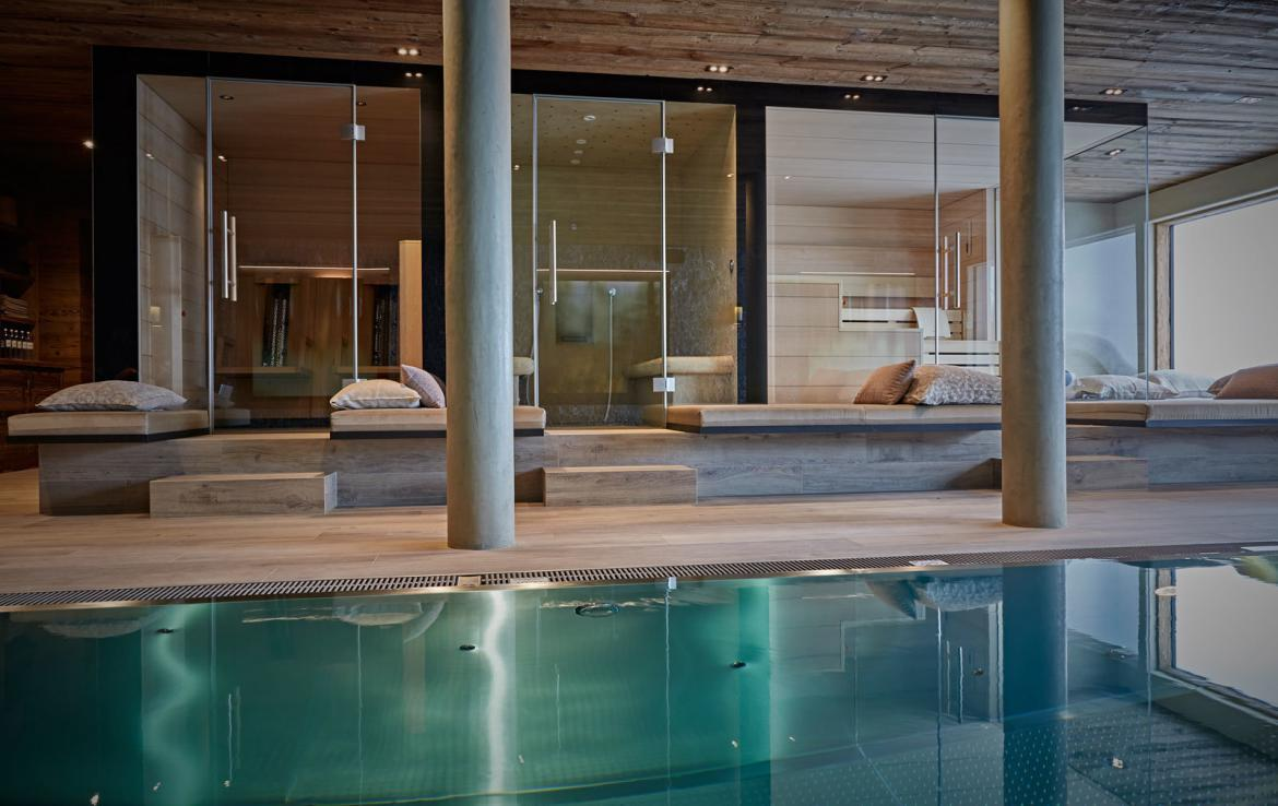 welness-and-swimming-pool-chalet-lec