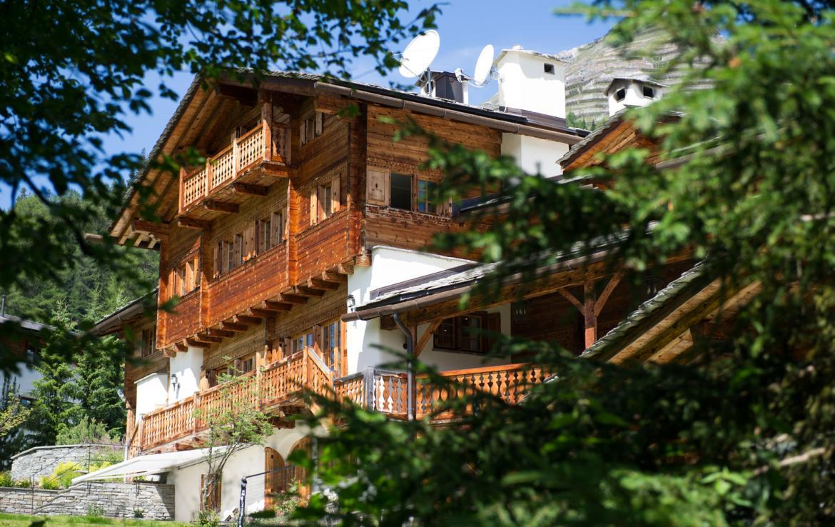 luxury-summer-in-engadine-chalet-to-rent