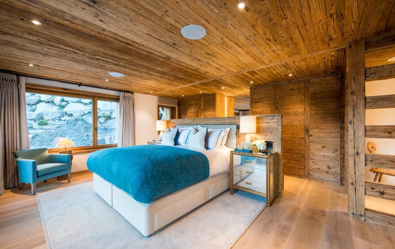 master-bedroom-1-chalet-verbier-kings-avenue