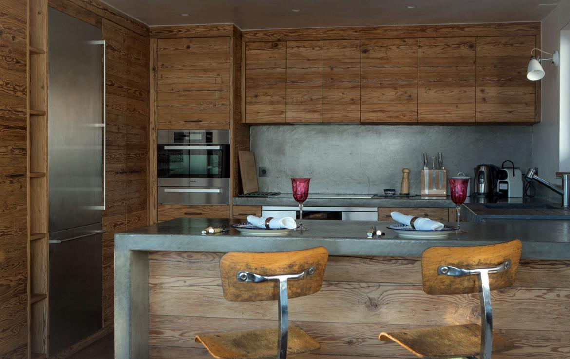 chalet-baja-verbier-kitchen