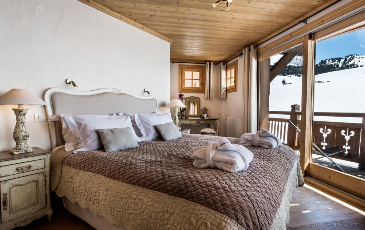 Chalet-Aster Courchevel -Bedroom-3-(3)