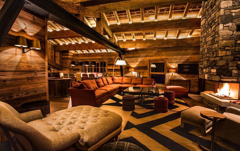 chalet in private hamlet in val d 39 isere. Black Bedroom Furniture Sets. Home Design Ideas