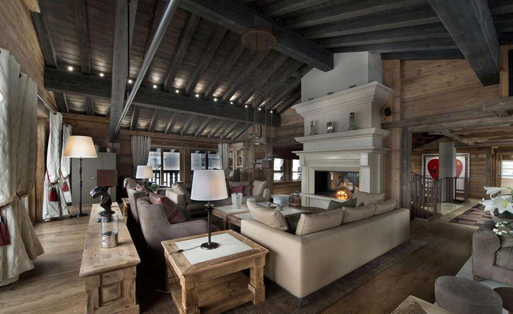 Kings-avenue-courchevel-sauna-jacuzzi-hammam-swimming-pool-childfriendly-parking-cinema-gym-ski-in-ski-out-lift-boot-heaters-nightclub-area-courchevel-001-3