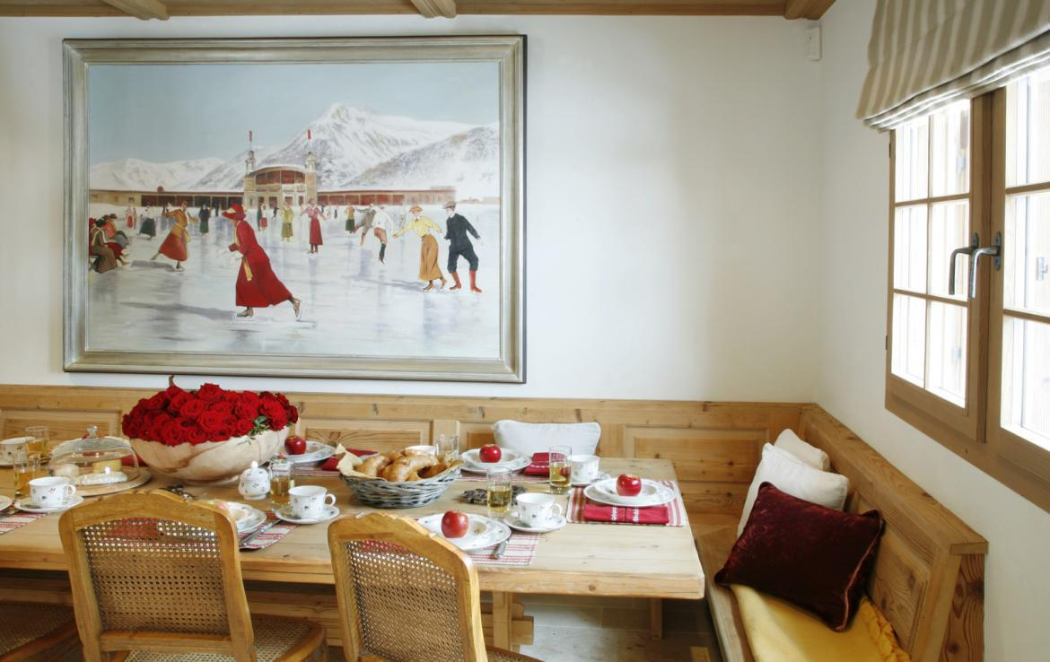 CHALET IN DAVOS WITH 700M2 LIVING SPACE   Kingsavenue.com
