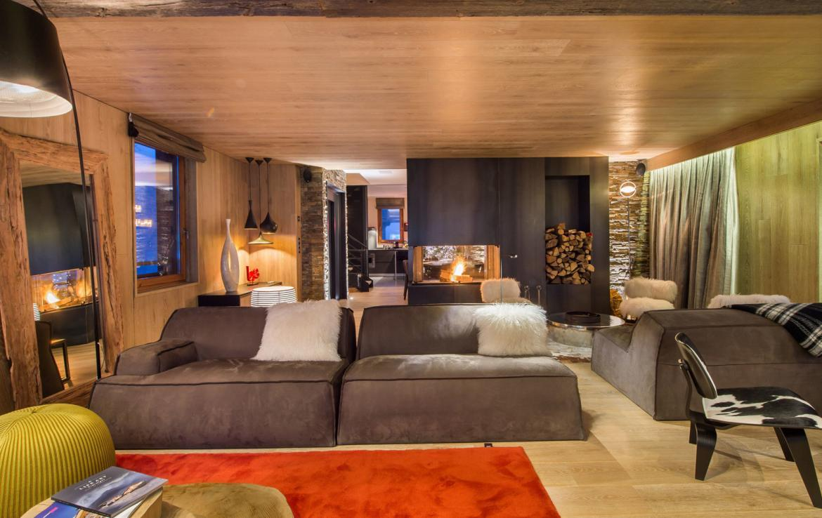 Kings-avenue-gourchevel-moriond-jacuzzi-hammam-childfriendly-parking-gym-boot-heaters-fireplace-massage-room-cinema-room-lounge-area-area-gourchevel-moriond-008-5