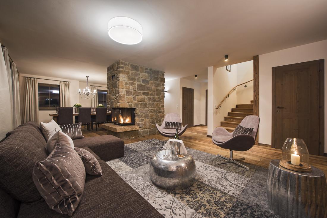 Kings-avenue-st-anton-snow-sauna-hammam-swimming-pool-childfriendly-boot-heaters-fireplace-fitness-centre-bar-balcony-terrace-area-st-anton-002-8