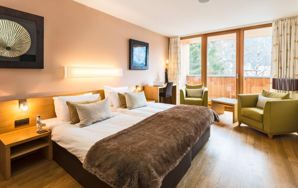Kings-avenue-st-anton-snow-tv-wifi-sauna-jacuzzi-hammam-swimming-pool-childfriendly-boot-heaters-fireplace-massage-room-cinema-rooftop-balcony-area-st-anton-004-15