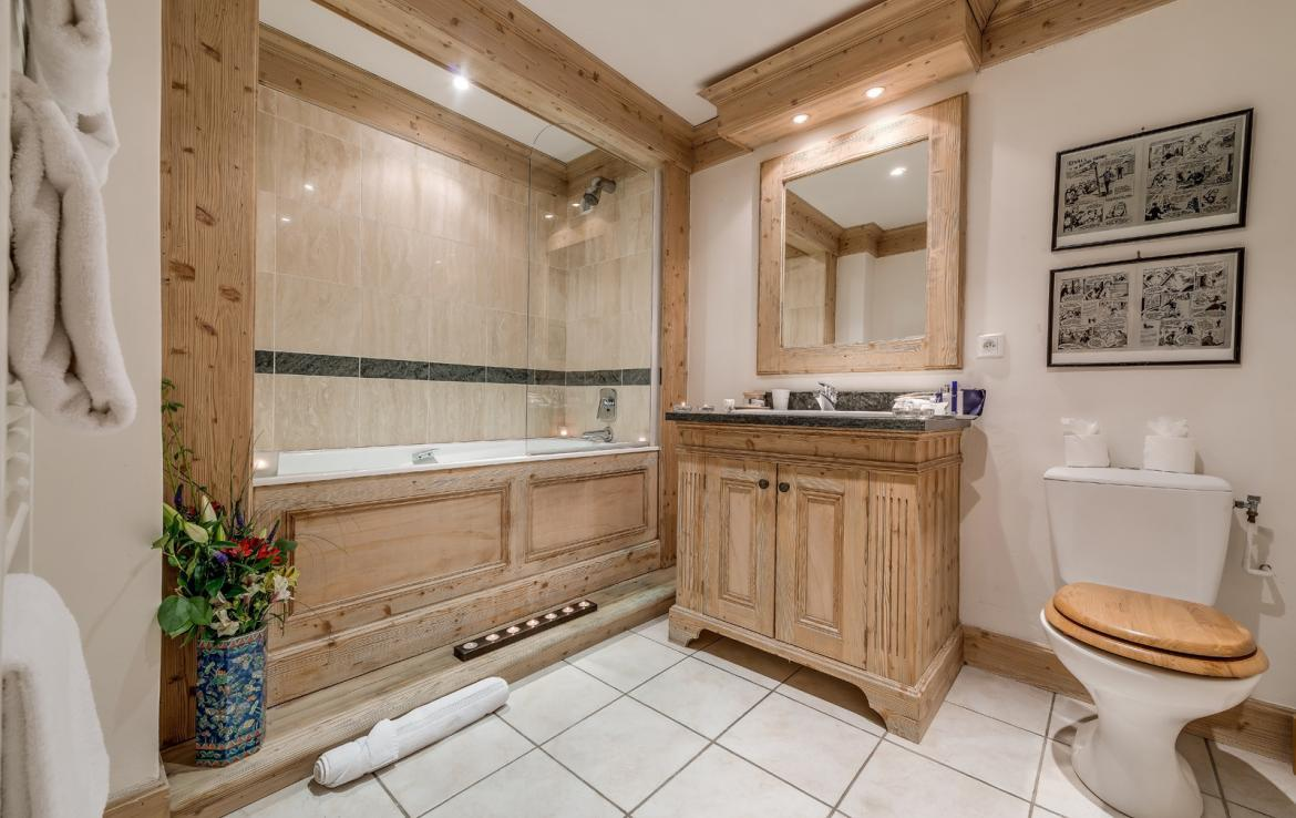 Kings-avenue-val-disere-snow-chalet-childfriendly-massage-room-ski-in-ski-out-fireplace-val-disere-020-11