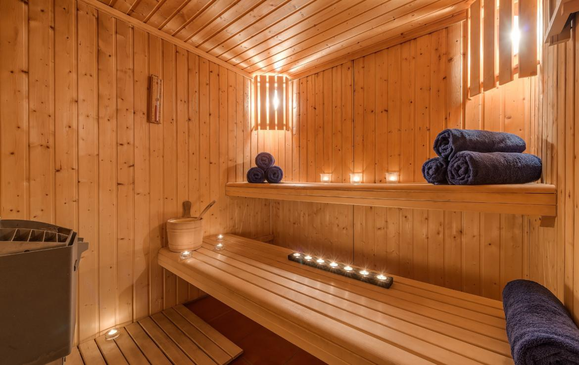 Kings-avenue-val-disere-snow-chalet-childfriendly-massage-room-ski-in-ski-out-fireplace-val-disere-020-8